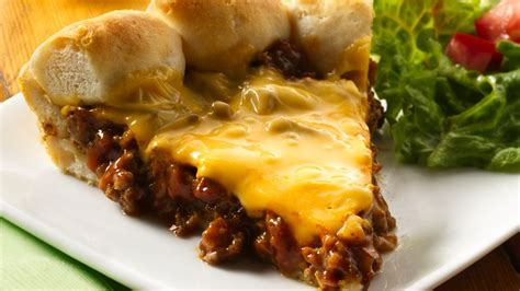 cheeseburger recipe cheeseburger biscuit pie recipe from pillsbury com