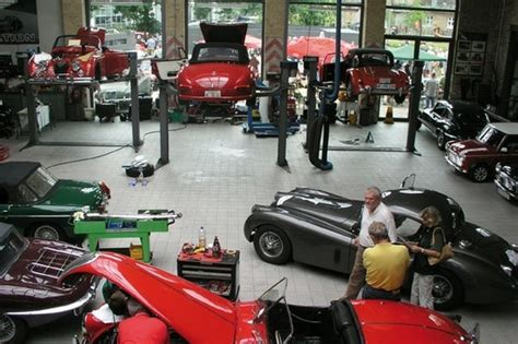 Classic car workshop in Germany   Motorcycle and Car