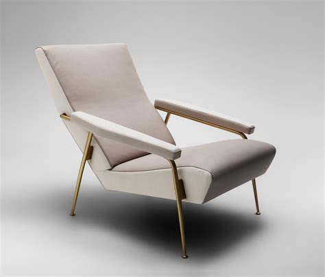 poltrone molteni d 153 1 armchair armchairs from molteni c architonic