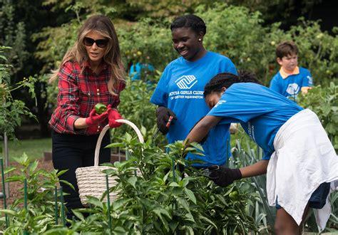 melania trump  kids tend  white house garden politico