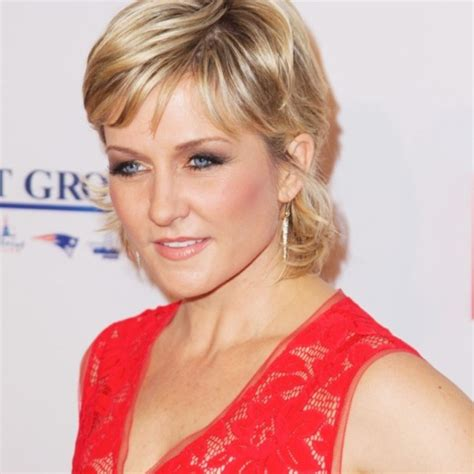 amy carlson haircut on blue bloods bob blue bloods amy carlson hairstyle