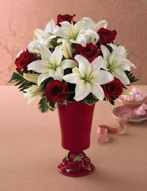 Red And White Wedding Centerpiece Like The Flower Wedding Centerpieces Not Flowers