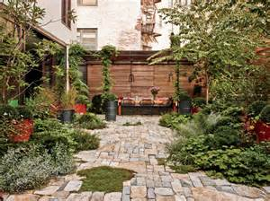 contemporary garden by santos by architectural