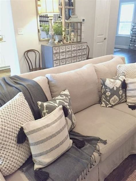 neutral sofa colors 25 best ideas about neutral couch on pinterest neutral
