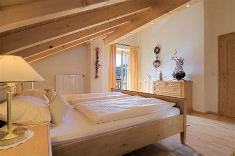 netzfreischaltung schlafzimmer ferienhaus ferienwohnung alpenrose in schlehdorf