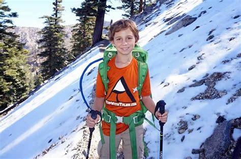 Barbel Seberat 5 Kg mereka menaklukkan puncak tertinggi dengan cara tak