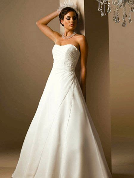 strapless bridal gown seeur