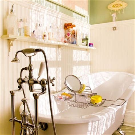 clawfoot bathtub shelf 17 best images about claw foot tub on pinterest soaking tubs clawfoot tubs and