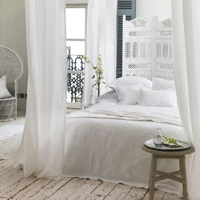 how to decorate a white bedroom all white bedrooms bedroom colour scheme ideas