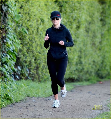 how to a to jog with you sized photo of reese witherspoon jog baseball cap 04