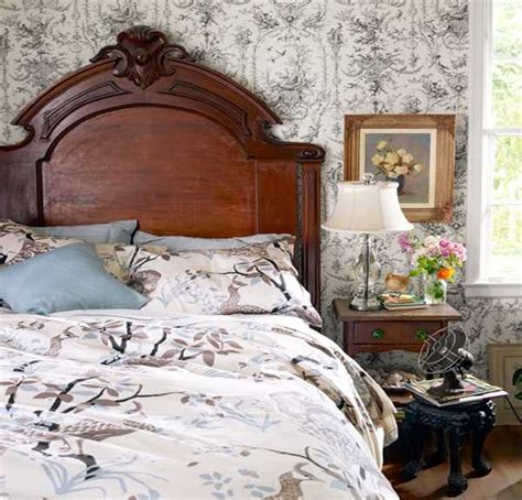 Vintage Look Bedroom Furniture 20 Charming Bedroom Decorating Ideas In Vintage Style