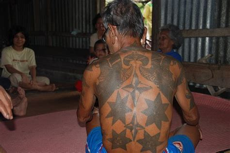 tato has dayak tattoo of an iban from borneo ibanology