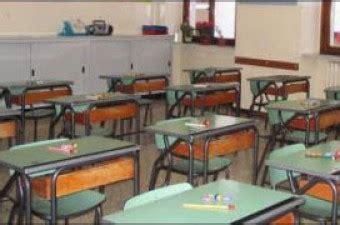 banchi scuola elementare comune e hera quot l educazione ambientale dai banchi scuola quot