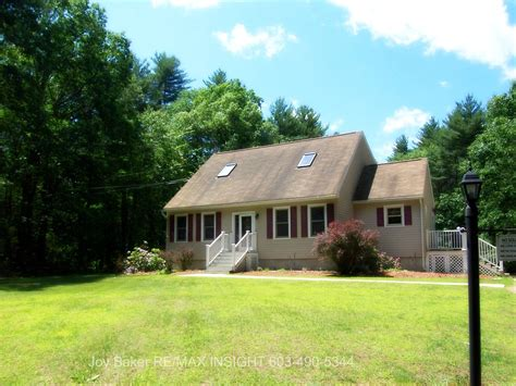Small Homes For Sale Southern Nh 45 Windham Rd Derry Nh 03038 Southern Nh Real Estate