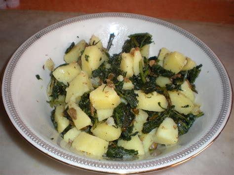 alimenti proteici con pochi grassi ricetta tarassaco e patate in insalata calorie e valori