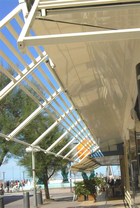 tettoie in lamiera pensiline in lamiera progeco strutture