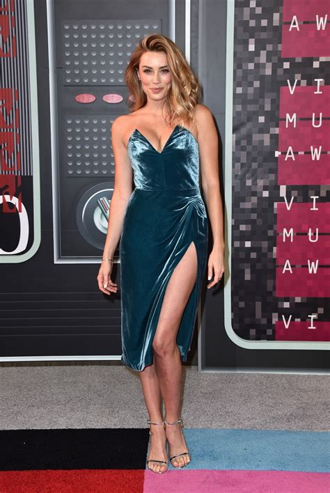 Holly Valance Bra Arielle Vandenberg Height And Weight Stats Pk Baseline