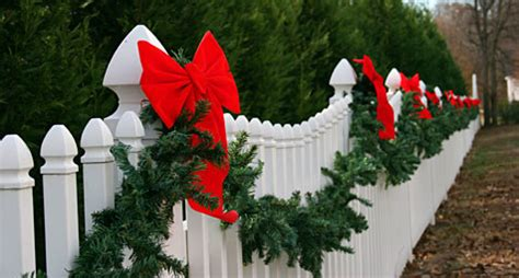christmas staked fences outdoor yard decoration ideas