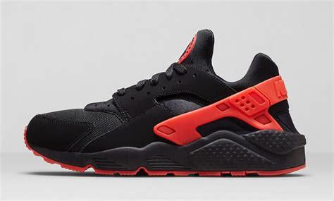 Sepatu Nike Nike Air Huarache Run Original nike air huarache run collection sbd