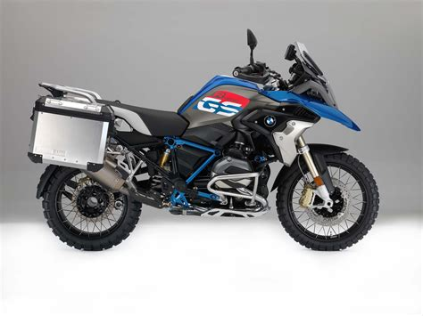 Bmw Motorrad 1200 R by 2017 Bmw R1200gs Gets Upgrades And A Rallye