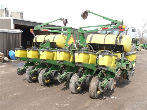 Deere 1760 12 Row Planter by Wisconsin Ag Connection Deere 1760 Row Crop