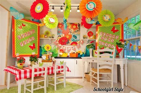 newspaper themed classroom eccbellphotography sgs picnic61 www schoolgirlstyle com