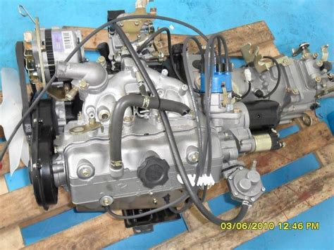 Suzuki Engine Parts 1000cc Suzuki Engine Carburetor Model F10a Engine