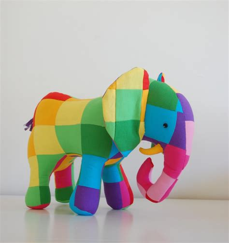 The Patchwork Elephant - new pattern patchwork elephant plus a discount on