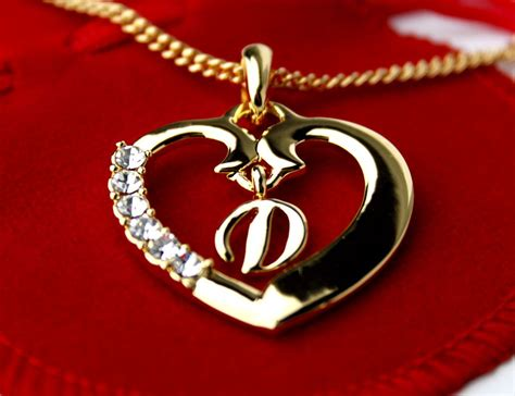 Gift Letter Dinar Initial Necklace Letter D 18k Yellow Gold Plated