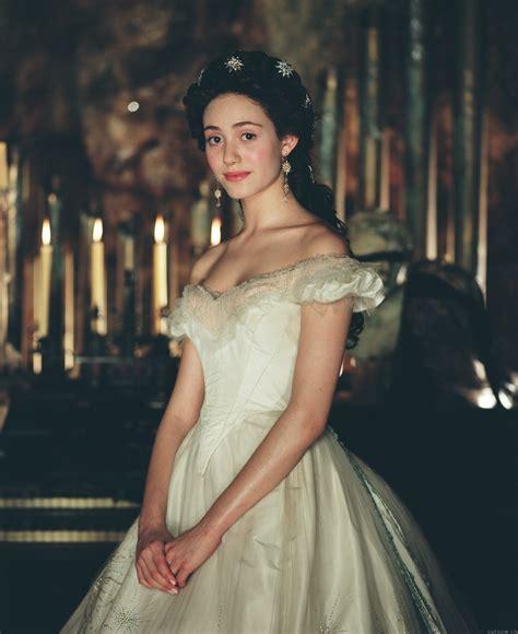 emmy rossum in phantom of the opera one period drama production still per day emmy rossum in