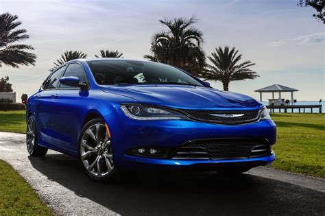new chrysler 200 convertible 2015 2015 chrysler 200 pictures photos gallery motorauthority