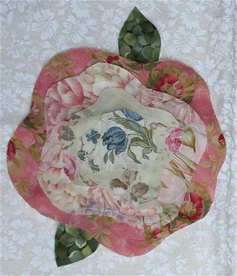 pattern for french rose quilt 17 images about french rose quilts on pinterest pink