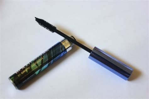 Revlon Luxurious Lengths Mascara Expert Review by Revlon Blackest Black Bold Lacquer By Grow Length