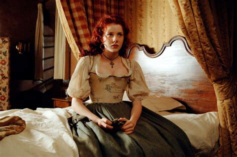 themes perfume the story of a murderer rachel hurd wood as laura richis images laura at bed hd