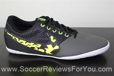 Sepatu Futsal Nike Elastico Pro Green Volt nike elastico pro iii indoor trainers black