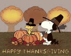 snoopy thanksgiving pics happy thanksgiving peanuts charlie brown pinterest