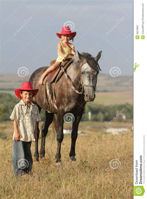 imagenes niños vaqueros ni 241 os en caballo de montar a caballo del sombrero de