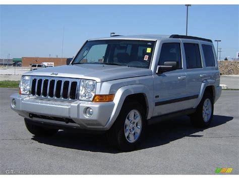 Silver Jeep Commander 2007 Bright Silver Metallic Jeep Commander Sport 4x4