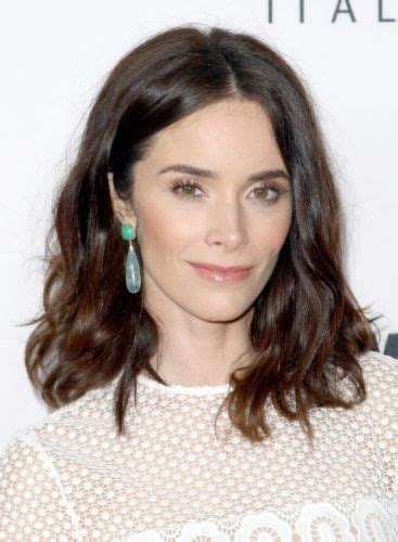 working moms mediun hairstyle 4 easy date night hair 23 favorite abigail spencer hairstyles brunette shades