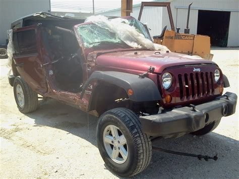 matte maroon jeep grand list of synonyms and antonyms of the word maroon jeep
