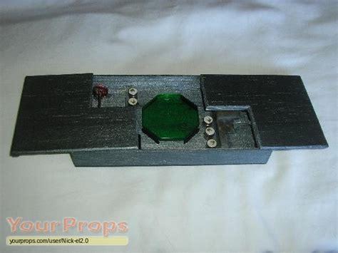 Smallville Replica Kryptonite Box smallville lional luthor kryptonite key box replica tv