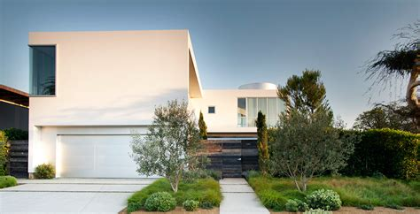 Floor Plan Beach House by White Stucco Modern House In Venice California By Dennis