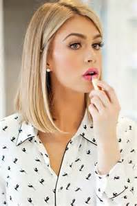 medium length hairstyles for necks neck length medium haircut pictures photos and images