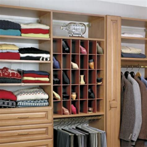 Shoe Rack In Closet by Shoe Racks For Closets Casual Cottage