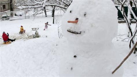 warning  stolen snowman  call capital scotland