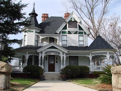 Queen Anne House Plans Historic House With Fancy Turrets Main St Laurens An Old House