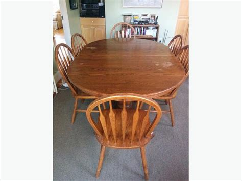 Oak Pedestal Dining Table And Chairs Solid Oak Pedestal Dining Table And 8 Chairs Oak