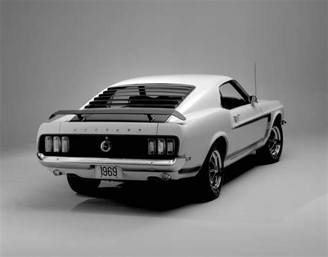 Auto Mustang Boss 302 by The Boss 302 Story Autos Post