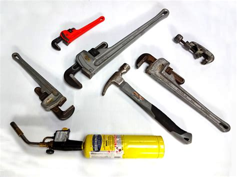 Common Plumbing Tools by Hiring A Nyc Licensed Plumber Has Distinct Advantages