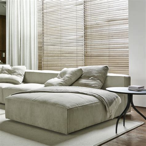 ligne roset nils sofa nils sofas designer didier gomez ligne roset
